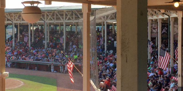Great Crowd On Hot Night But Hoppers Hold For Win